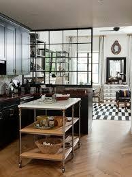 offene küche wohnzimmer abtrennen parket hilfstisch rollen