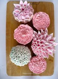 Creative Wedding Cupcakes In The Shape Of Flowers