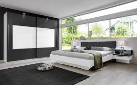 modernes rauch schlafzimmer mit beleuchtung