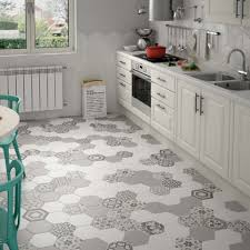 Using Floor And Wall Tiles To Create A Retro Style Kitchen