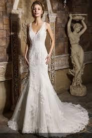 Vintage Inspired Elegant Sleeveless V Neck Lace Appliqued Mermaid Wedding Dress 1