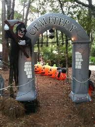 Halloween Inflatable Arch by Best Halloween Decorations At Disney U0027s Fort Wilderness Resort And