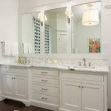 Double Vanity Bathroom Mirror Ideas by Best 25 Bathroom Double Vanity Ideas On Pinterest Pertaining To