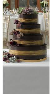 PERSONALISE YOUR WEDDING CAKE