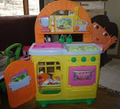 100 dora the explorer talking kitchen set dora the explorer