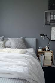 herbstschlafzimmer in grautönen graue wand schlafzimmer