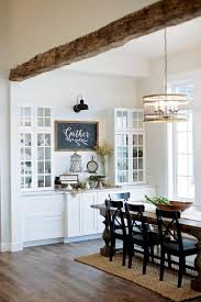 Modern Rustic Farmhouse Dining Room Style 18