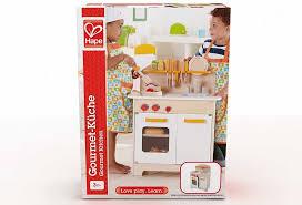 cuisine enfant 2 ans cuisine bois enfant hape gastronomique blanche jouet apesanteur
