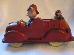 100 Mickey Mouse Fire Truck Vintage 1930s Sun Rubber Co Donald Duck