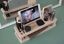 A Countertop Worthy Makeup Organizer