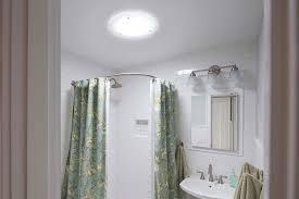 hochreflektierendes tageslichtsystem für fensterloses bad
