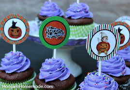 Free Printable Halloween Cupcake Toppers Available on HoosierHomemade