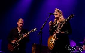 Tedeschi Trucks Band Celebrates Love On Valentine's Day In New ... Leon Russel Derek Trucks Susan Tedeschi Video Directing Tips Is Coent With Being Oz In The Band The Band Fronted By Husbandwife In Concert Port Chester Ny Photos And Images Wfuv That Did It Youtube Revelator Review Married Couple Susuan Weds Husbandwife Guitar Styles Music Hometown Lineup Biography Lastfm At White House Play Dallas Hall Fair Park September