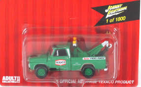 Johnny Lightning: 1965 Chevy Tow Truck