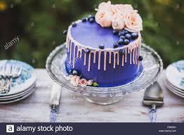 Hochzeitstorte Vintage Galerie Mit Schönen Schöne Und Leckere Blaue Hochzeitstorte Mit Blumen Und