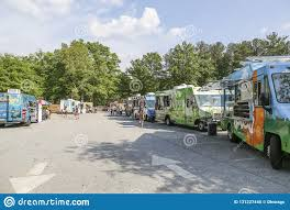 100 Food Trucks Atlanta Row Of Editorial Image Image Of Park Food