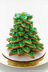 Christmas Tree Meringues Cookies by I Heart Baking January 2015