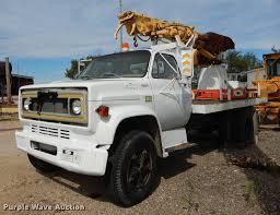 100 Derrick Trucks 1980 Chevrolet C60 Custom Deluxe Digger Derrick Truck Item