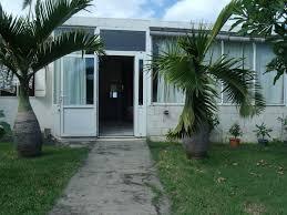 location d une chambre chez l habitant chambre chez l habitant spacieuse indépendante jardin piscine petits