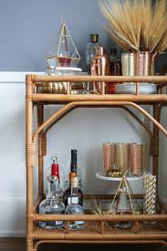 Rustic Bar Cart Thanksgiving Decorating Ideas