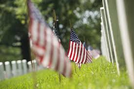 Memorial Day Graveside Decorations by Once Again U0027flags In U0027 Tradition Honors America U0027s Fallen This