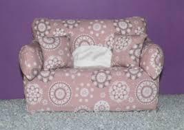 möbel wohnen retro deko sofa mit kissen baumwolle alt