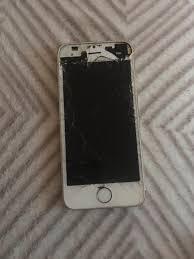 Iphone 5s 16gb cracked and broken screen