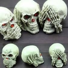 Amazoncom LUOEM Halloween Creepy Scary Hanging Skull