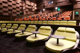 Reclining Chairs Movie Theater Nyc by Luxury Dine In Theater Debuts In Seaport With Food From Chef