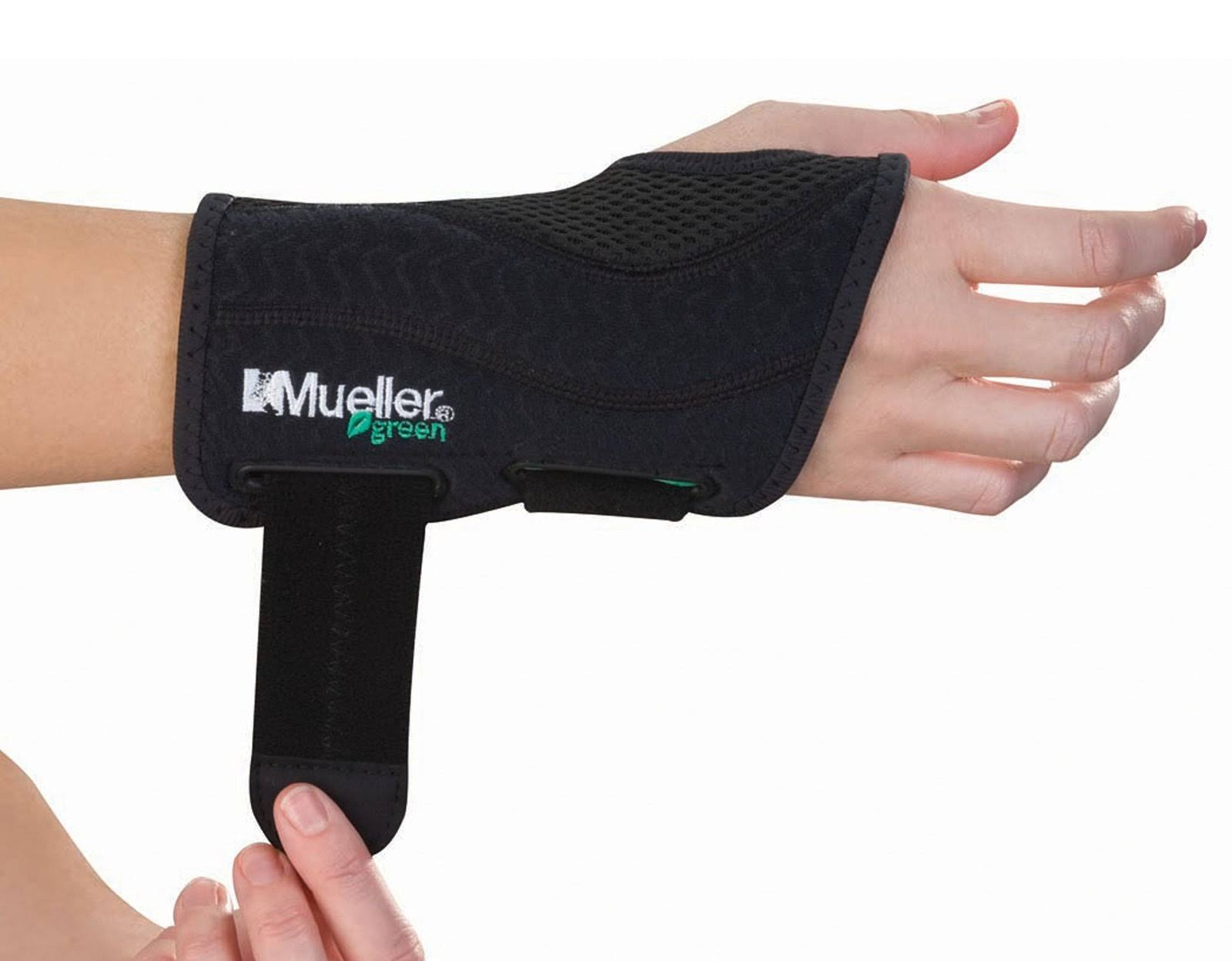 Mueller Fitted Wrist Brace - Black, Right, Large to X-Large