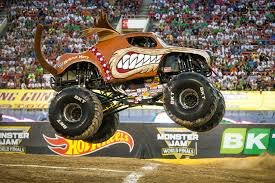 100 Monster Truck Oakland Bay Area Jam Brings Massive Cars Collisions To