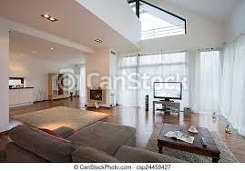 geräumiges luxus wohnzimmer in exklusiver villa canstock