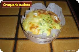 recette quiches sans pâte au camembert et aux courgettes dans la