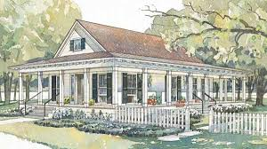 Bluffton House With A Deep Metal Roofed Porch On Three Sides This Plan Makes The Most Of Sheltered Outdoor Living Space Though May Look Like