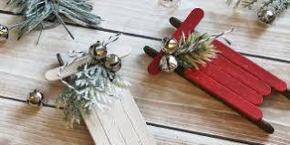 Aspirin Keep Christmas Trees Alive by How To Keep A Christmas Tree Fresh Longer How To Make Your