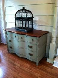How To Paint Antique Furniture Best 25 Antique Painted Furniture