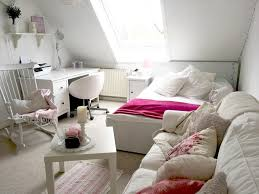 ein mädchen traum einem wg zimmer in weiß rosa und pink