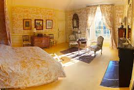 chambre jaune charming room at chateau de la barre for your vacation