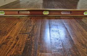 Hardwood Floor Cupping And Crowning by Floor Problems Theflooringinspector Com