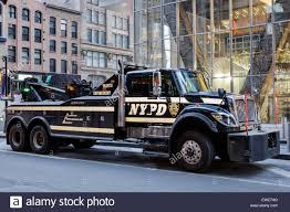 100 New Tow Trucks Heavy Truck Stock Photos Heavy Truck Stock Images Alamy