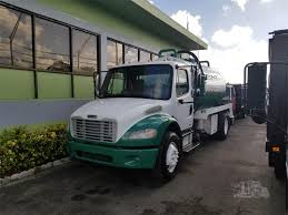 2007 FREIGHTLINER BUSINESS CLASS M2 112V