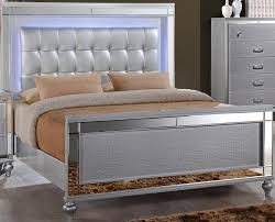 Mor Furniture Bedroom Sets by Valentino Silver Panel Bedroom Set From New Classic Coleman