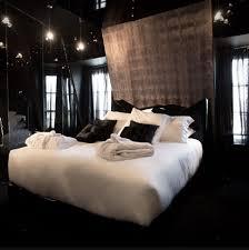 chambre hotel romantique weekend st valentin le seven un hôtel romantique hors du commun