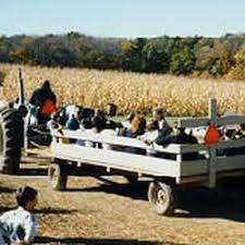 Pumpkin Patch Denver Pa by Sleepy Hollow Hayrides 13 Reviews Haunted Houses 881