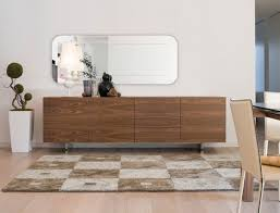 Example Of A Minimalist Dining Room Design In Chicago