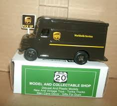 1/55 Scale UPS Delivery Truck Diecast Model 4 United Parcel Service ...