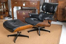 Vintage Eames Lounge Chair And Ottoman At 1stdibs Classic Eames Lounge Chair Ottoman White Leather Walnut The Style With Vintage Replica Dark Tan Chicicat Fabric Fniture Room Design Lounche Awesome More Finest Ea Original Sold Office Ideas Vitra Snow Chrome Base Sothebys Home Designer George Mulhauser Mr Black Armchair Porn Dwell Framed Print Art Decor Patent Earth