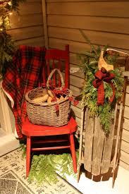Rustic Christmas Decor 40 Comfy Outdoor Dcor Ideas Digsdigs