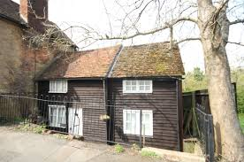 100 Oxted Houses For Sale 2 Bedroom Property For Sale In High Street Surrey RH8
