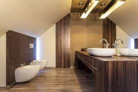 badezimmer möbel massivholz vs holzdekor zuhause bei sam